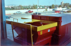 dock feed 10 hp Auger Compactor with 40 yard container